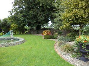 Garden Louth Hall B&B