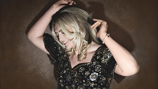 Amanda St John & Friends sing 'Songs of my Hero's' Fri 30th Nov