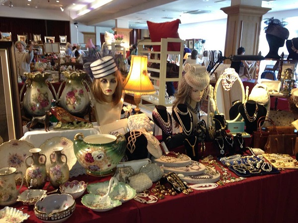 Antiques Vintage, Art and Collectables Fairs Sunday 7th October Crowne Plaza Dundalk