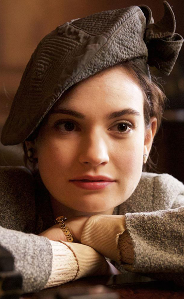 Film: Guernsey Litaray and Potato Peel Pie Society ~ An Táin Arts Centre