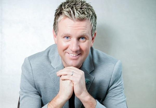 Music | Mike Denver Winter Wonderland Show ~ Carrickdale Hotel & Spa