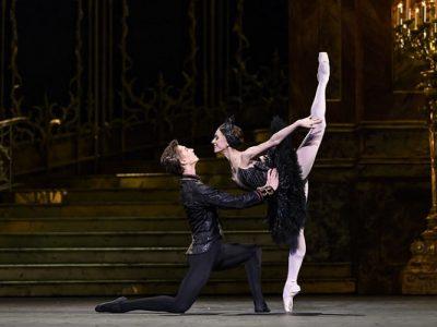 Ballet | Swan Lake - LIVE ~ Dundalk Omniplex